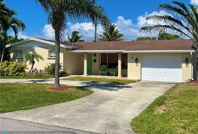 39 SE 8th Ter Deerfield Beach FL 33441