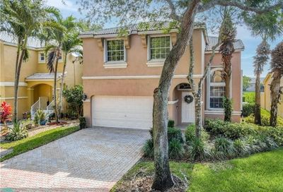 11325 NW 49th Dr Coral Springs FL 33076