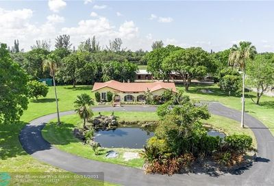 14750 W Palomino Dr Southwest Ranches FL 33330