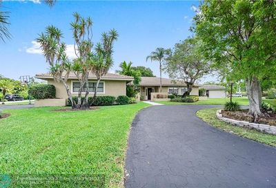 2073 NW 100th Way Coral Springs FL 33071