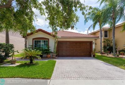 5303 NW 117th Ave Coral Springs FL 33076