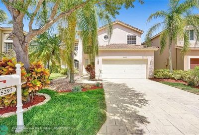 5297 NW 112th Ter Coral Springs FL 33076