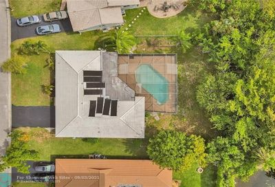 4160 NW 113th Ave Coral Springs FL 33065