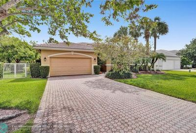 312 NW 120th Ter Coral Springs FL 33071