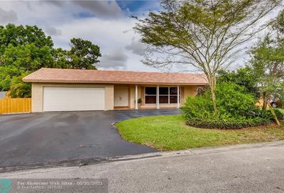 3761 NW 104th Ave Coral Springs FL 33065