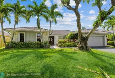 447 NW 105th Dr Coral Springs FL 33071