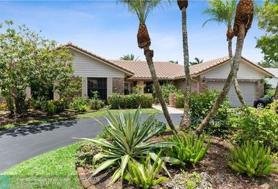 10933 NW 3rd Ct Coral Springs FL 33071