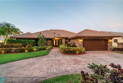 4875 NW 89th Ter Coral Springs FL 33067