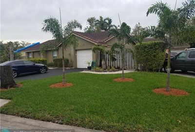 1225 NW 89th Dr Coral Springs FL 33071