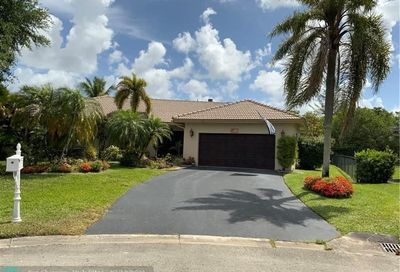 10304 NW 40th Ct Coral Springs FL 33065