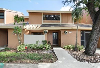 2003 NW 45th Ave Coconut Creek FL 33066