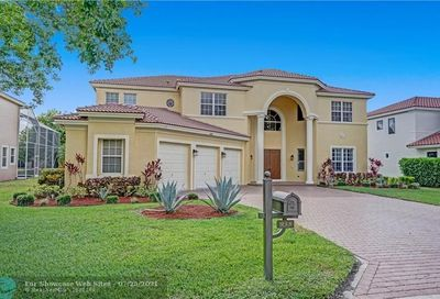 935 NW 118th Ln Coral Springs FL 33071