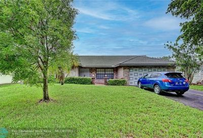 690 NW 109th Ter Coral Springs FL 33071
