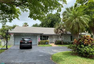 1444 NW 97th Ter Coral Springs FL 33071