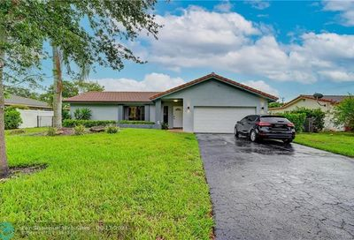10912 NW 41st Dr Coral Springs FL 33065