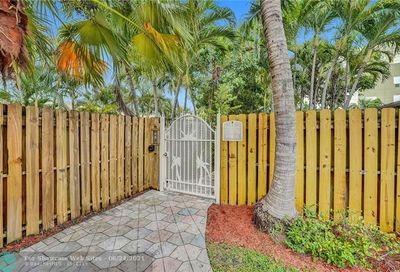 1348 Holly Heights Fort Lauderdale FL 33304