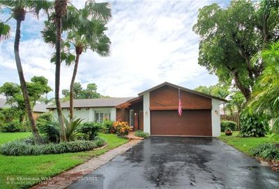 9626 NW 27th St Coral Springs FL 33065