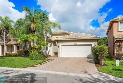 5372 NW 122nd Dr Coral Springs FL 33076