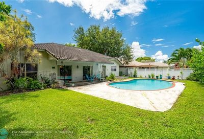 1371 NW 113th Ter Coral Springs FL 33071