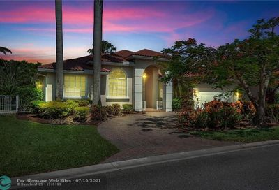 423 NW 118th Ave Coral Springs FL 33071