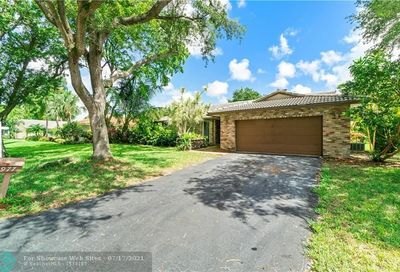 9977 NW 20th St Coral Springs FL 33071