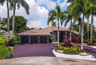 5055 NW 102nd Dr Coral Springs FL 33076
