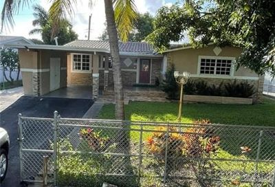 210 SW 29th Ave Fort Lauderdale FL 33312