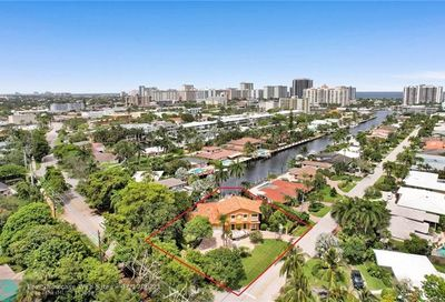 2800 Bayview Dr Fort Lauderdale FL 33306