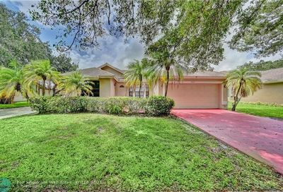 9515 NW 25th Ct Coral Springs FL 33065