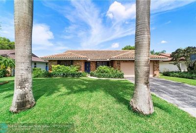 303 NW 107th Ter Coral Springs FL 33071