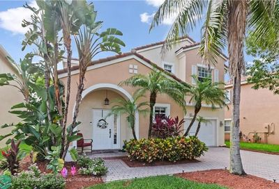 951 NW 126th Ave Coral Springs FL 33071