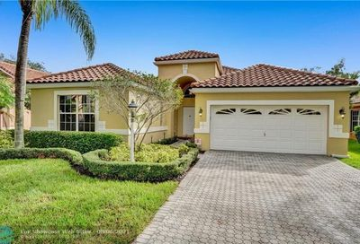 263 NW 116th Ter Coral Springs FL 33071