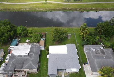 3759 NW 37th St Lauderdale Lakes FL 33309