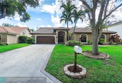 5714 NW 46th Dr Coral Springs FL 33067