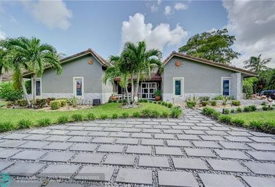 8303 NW 14th Ct Coral Springs FL 33071