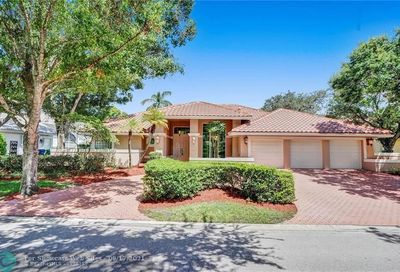 1831 Eagle Trace Blvd West Coral Springs FL 33071