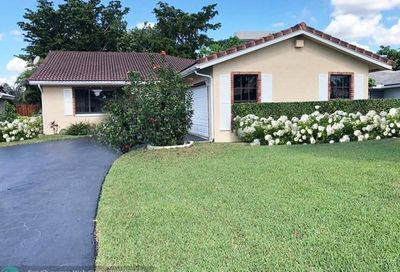 9067 NW 21st Ct Coral Springs FL 33071