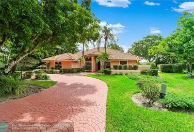 8220 NW 49th Ct Coral Springs FL 33067