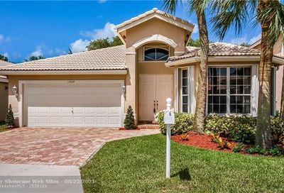 11829 NW 55th St Coral Springs FL 33076
