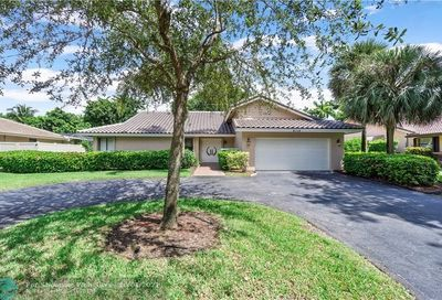 9719 NW 5th Ct Coral Springs FL 33071