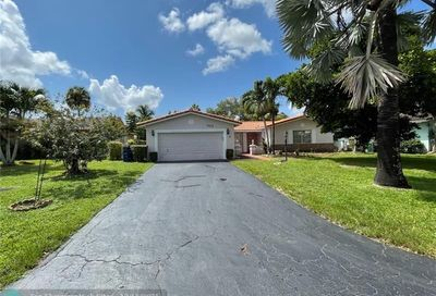 7504 NW 40th Ct Coral Springs FL 33065
