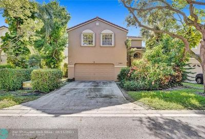 565 NW 87th Way Coral Springs FL 33071