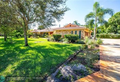 8688 NW 27th St Coral Springs FL 33065