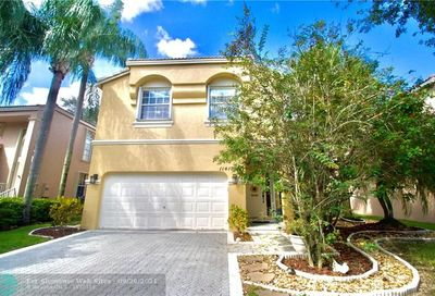 11417 NW 48th Ct Coral Springs FL 33076