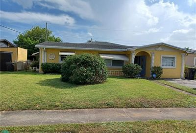 3610 NW 28th Ct Lauderdale Lakes FL 33311