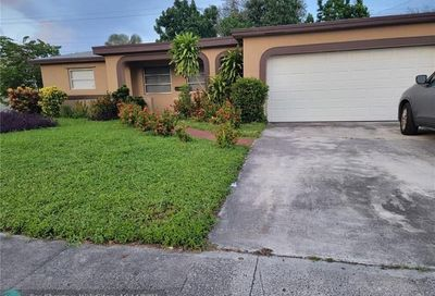 3131 NW 43rd St Lauderdale Lakes FL 33309