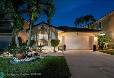 10820 NW 46th Dr Coral Springs FL 33076