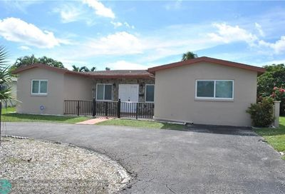 5190 NW 39th St Lauderdale Lakes FL 33319