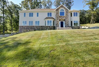 24 Beverly St Parsippany-Troy Hills Twp. NJ 07950