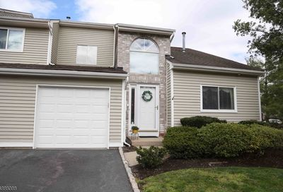 58 Castle Ridge Dr East Hanover Twp. NJ 07936-3553